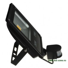 Proiector LED Slim 30W 220V Senzor